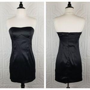 Forever 21 Black Sweetheart Strapless Mini Dress